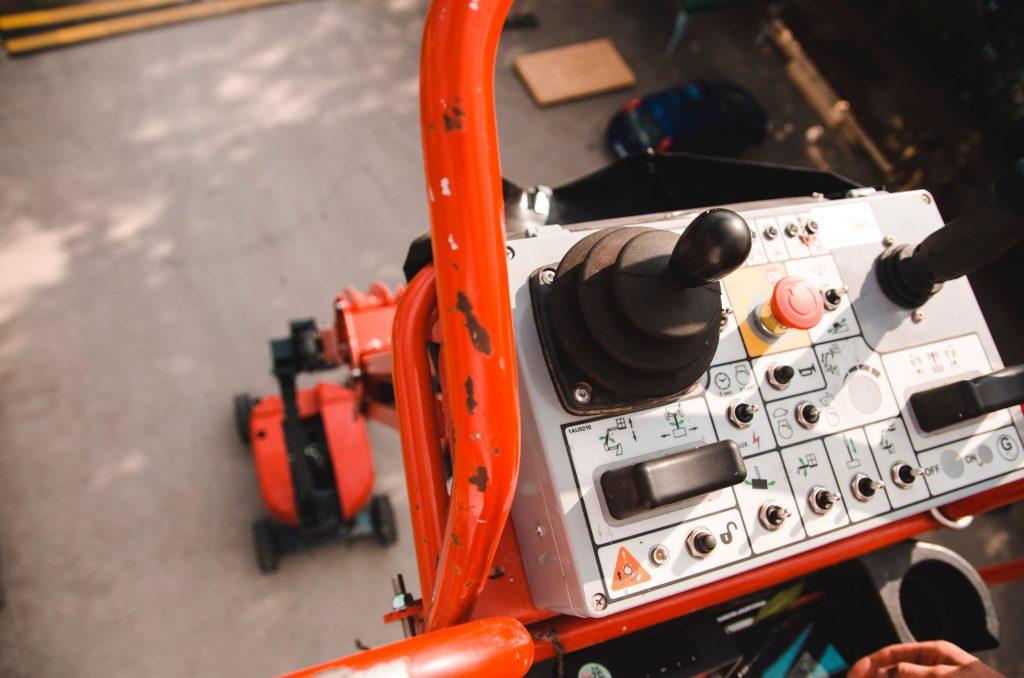 panel sterowania maszyny budowlanej