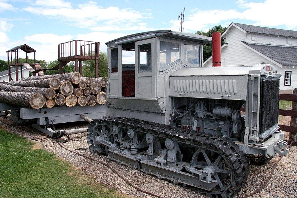 Traktor HOLT 77